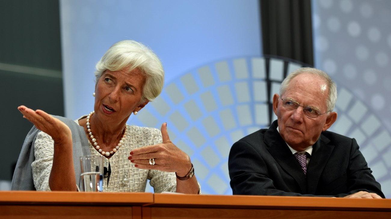 Photo of Διέρρευσε η έκθεση του ΔΝΤ….έρχεται κούρεμα καταθέσεων?