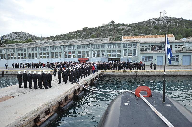 Photo of Σύλληψη ναυτικού τουρκικού πλοίου που φωτογράφιζε τον ναύσταθμο Σαλαμίνας