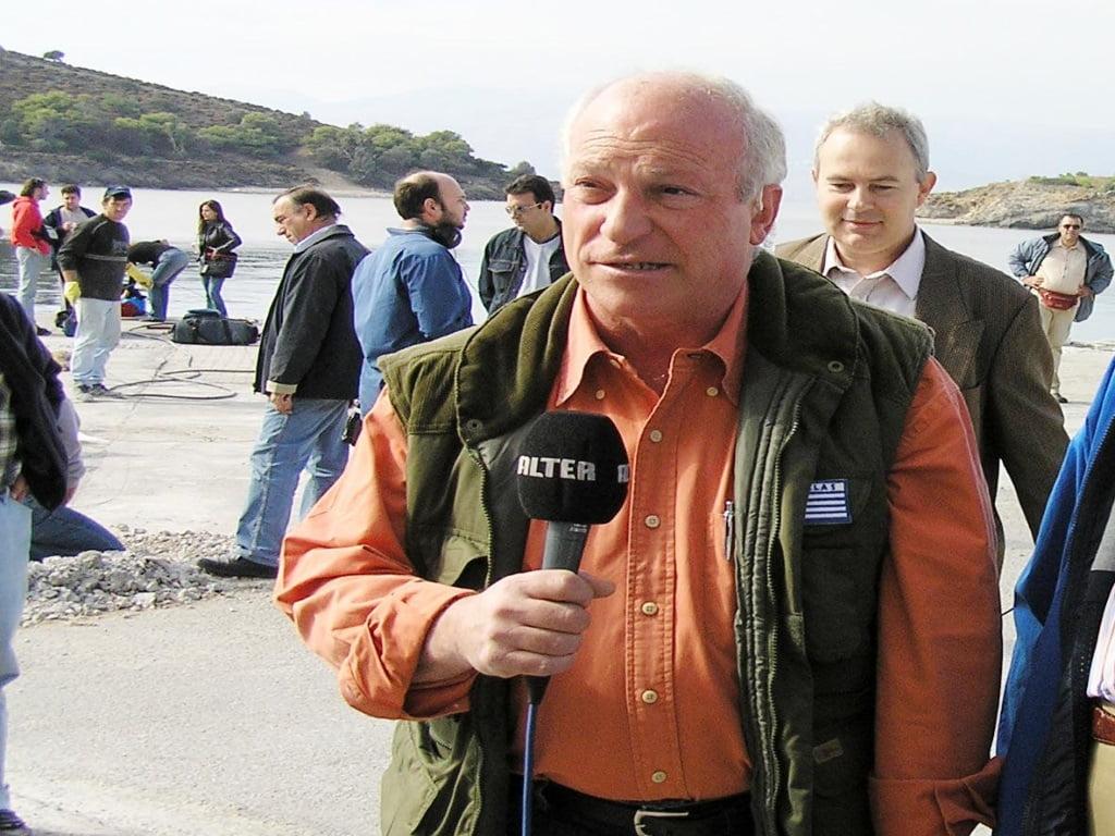 Photo of Παρέμβαση εισαγγελέα για την ανάρτηση του συνδικαλιστή της ΕΣΗΕΑ που επιχαίρει για την τρομοκρατική επίθεση κατά του Λουκά Παπαδήμου και εύχεται και για τον Γιάννη Στουρνάρα!