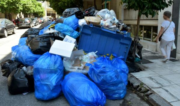 Photo of Kλιμάκωση για τους υπο απόλυση στη καθαριότητα…