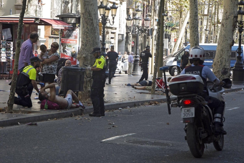 Photo of Οι Τζιχαντιστές σκόρπισαν το θανατο στην Λα Ραμπλα της Ισπανίας.13 νεκροι δεκάδες τραυματίες…