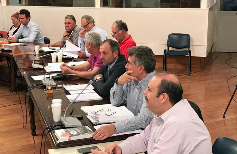 Photo of Ενταση στη συνεδριαση του Δημοτικου συμβουλίου για σκουπιδια στο ακουσμα για ερχομο των ΜΑΤ