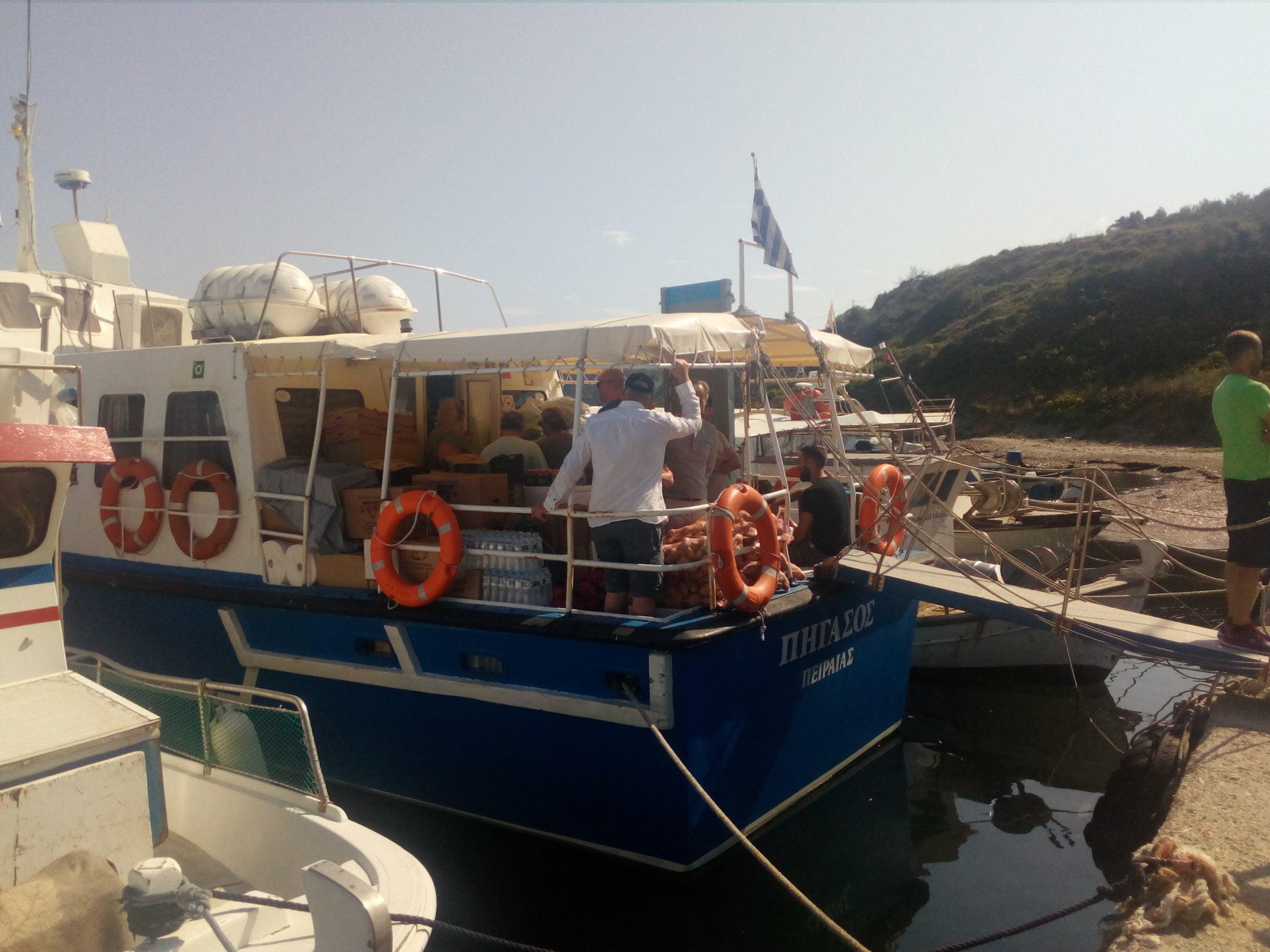 Photo of Υπ.Εμπορικής Ναυτιλιας και Αντιδήμαρχοι Διαποντίων Νησιών Κέρκυρας και βουλευτές  δεν έδωσαν λύση στην θαλάσσια σύνδεση τους. ΦΩΤΟ & 3 VIDEO