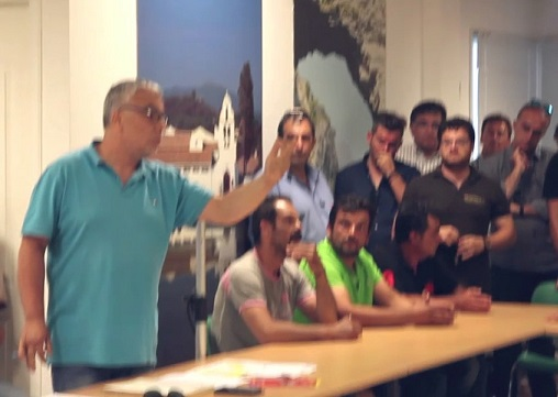 Photo of Γιατι συμβαίνουν αυτα στη Λευκίμμη με τα ΜΑΤ…Προβα για Ειδική Οικονομική ζώνη είναι για τον Aλέκο Λιτσαρδόπουλο (VIDEO)