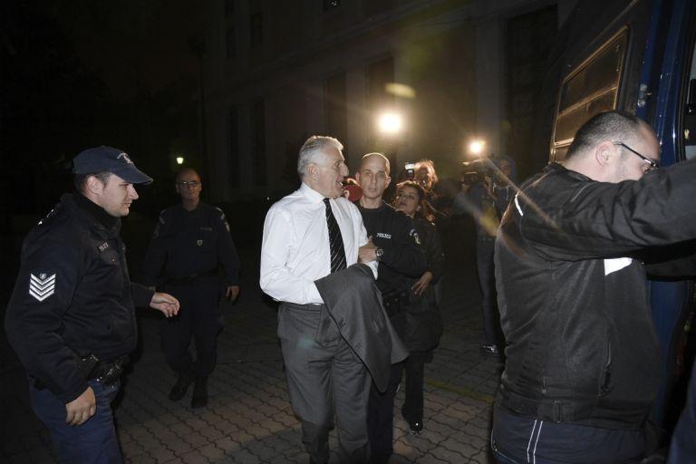 Photo of Σκάνδαλο 50 φορές μεγαλύτερο από τις μίζες του Γιάννου – Θα πάει κανείς στη φυλακή για τις απίστευτες καταγγελίες;