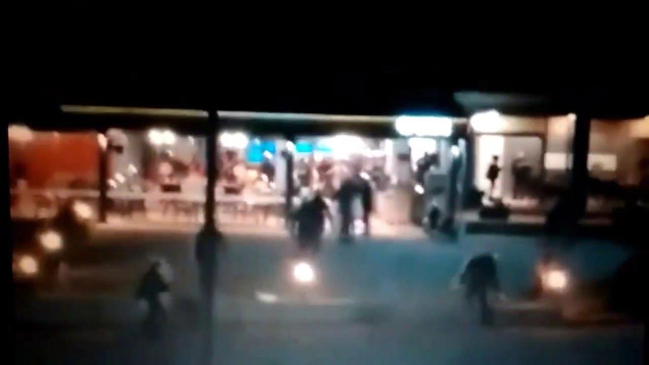 Photo of Γαμήστε τους η εντολή που ακούγεται ξεκάθαρα την ώρα που μπουκάρουν τα ΜΑΤ σε καφετέρια της Λευκίμμης (video)