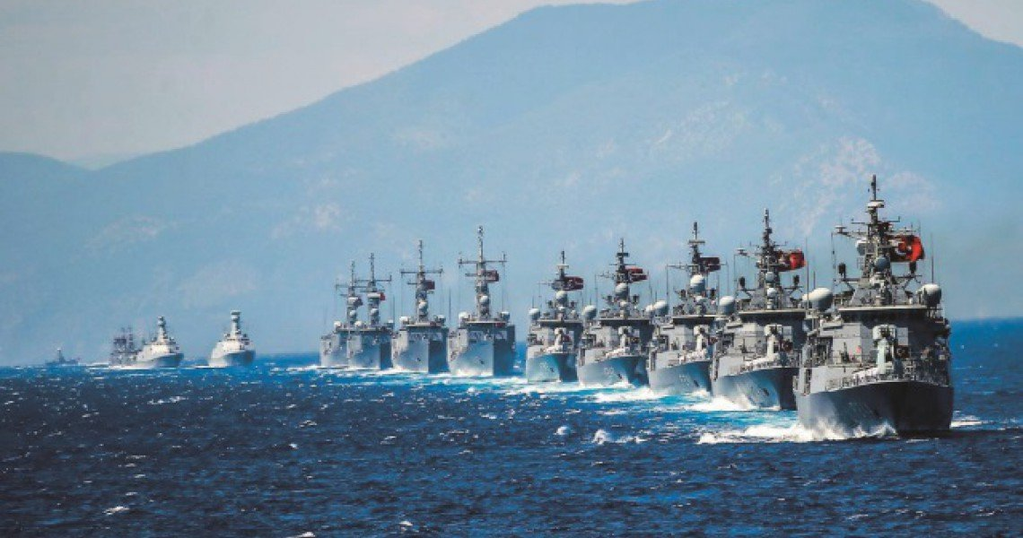 Photo of Πέντε μονάδες επιφανείας και δύο υποβρύχια έστειλαν οι Τούρκοι στην Α. Μεσόγειο – Σε απόσταση «αναπνοής» η Φ/Γ Νικηφόρος και Αμερικανικά πλοία