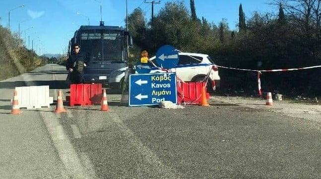 Photo of Συνεχίζει με αυταρχικότητα και Βια ο Νικολούζος κατά της Κέρκυρας…Συνεδρίαση στις 28/12 με ΜΑΤ!!!!