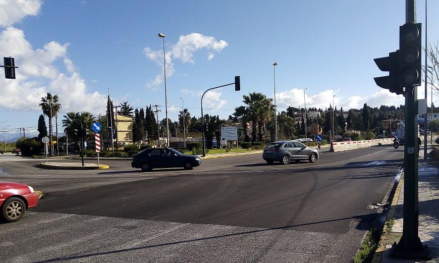Photo of Δεν λειτουργούν τα φανάρια στο κόμβο Εκάτη και εχουμε Τροχαία ατυχηματα..