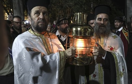 Photo of Απρέπεια & ασέβεια Τσίπρα: Εδωσε εντολή να μην γίνει υποδοχή στο Άγιο Φώς στο «Ελευθέριος Βενιζέλος» αλλά να πάει στην Ελευσίνα