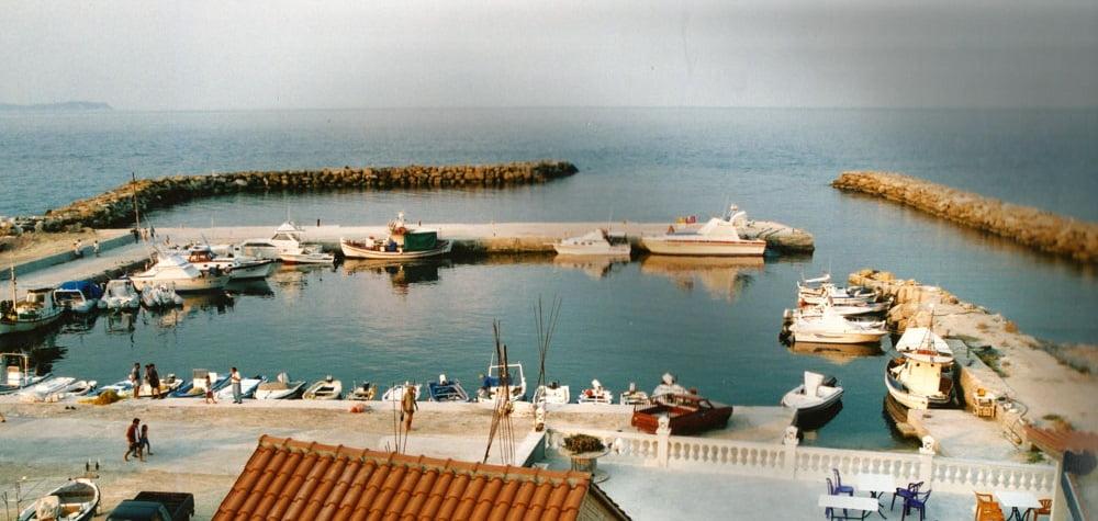 Photo of Πρώτο βήμα για να μεγαλώσει το Λιμάνι Μαθρακίου…