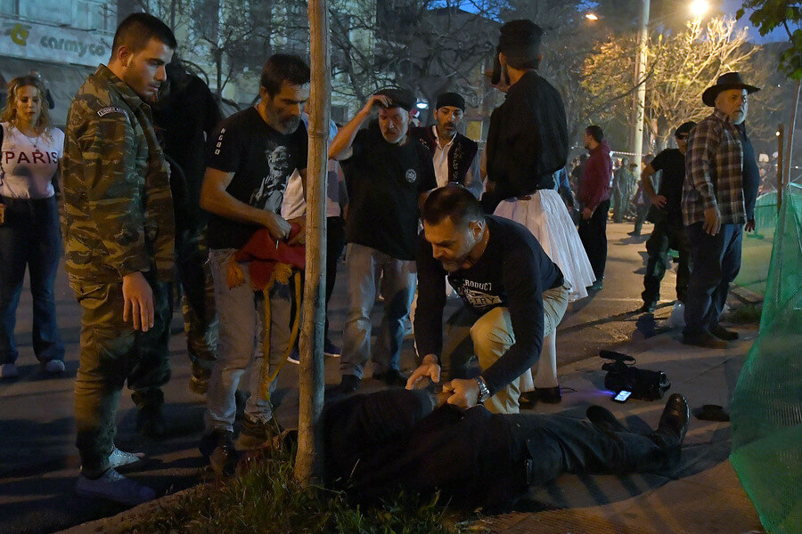 Photo of Eικονολήπτης νεκρός απο σαΐτα στη Καλαμάτα ..Επτά συλλήψεις..