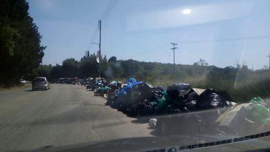 "Photo of Νικολούζος και Ασπιώτης ""εγκαινιάζουν"" καθημερινά βουνά των σκουπιδιών στους δρόμους"