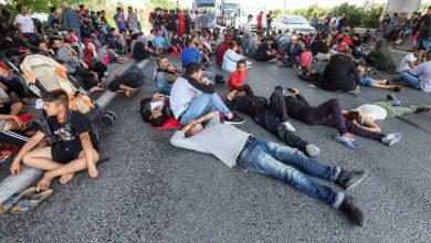 Photo of Λαθροεισβολείς  εκλεισαν την Εθνική οδό γιατι  θελουν τζαμπα εισητήρια.Αντιδραση στη Λαμια για εγκατασταση Λαθρομεταναστων