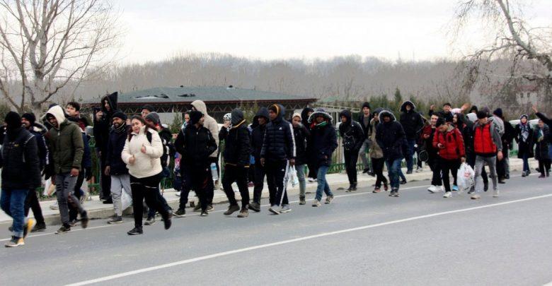 Photo of Βάσεις εξόρμησης λαθρομεταναστών για «πόλεμο φθοράς» στήνει η Τουρκία στα σύνορα του Εβρου.