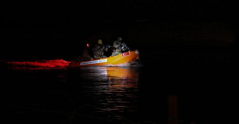 Photo of Νυχτερινή άσκηση των Özel Harekat στον ποταμό Έβρο..Προβοκάτσια αναζητα η Τουρκία!!
