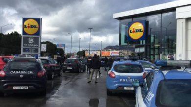 "Photo of Ιταλία: Ο φόβος γίνεται θυμός – ""Είμαστε πεινασμένοι, δεν πληρώνουμε"""