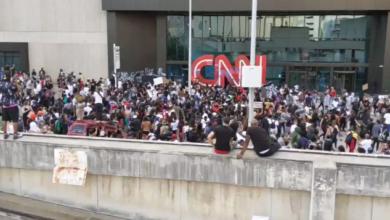 Photo of Μαζική επίθεση πολιτων στο CNN για τα ψεύδη- προπαγάνδα που μεταδίδει
