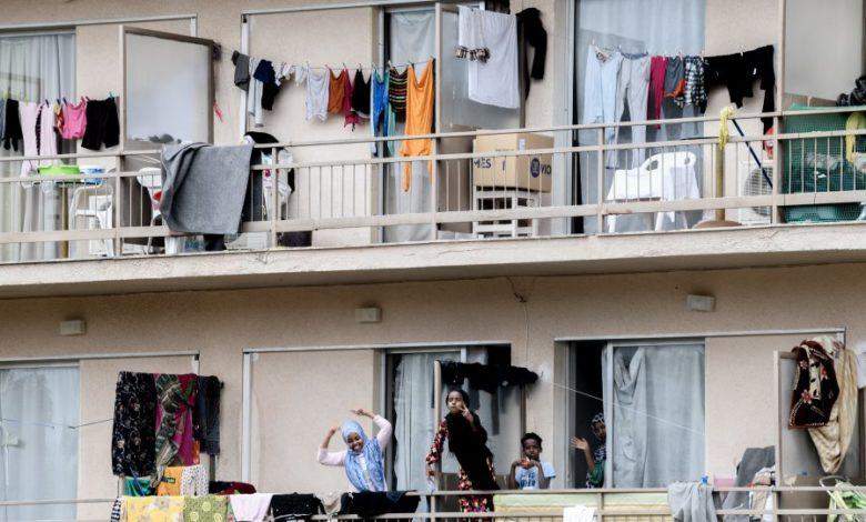 Photo of Τους φέρνουν στα σπίτια μας… 1 Ιουνίου… Βγάζουν από διαμερίσματα, δομές και ξενοδοχεία 11.237 λαθροεισβολείς!!!