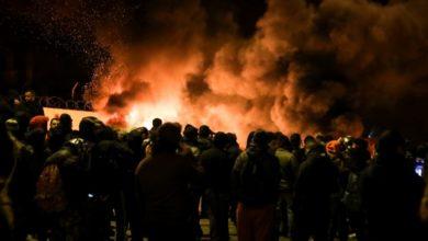 Photo of Μουσουλμάνοι έβγαλαν χατζάρες στην Θήβα, απειλούσαν να ορμήξουν σε αγρότες (video)