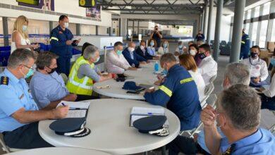 Photo of Στο Αεροδρόμιο της  Κέρκυρας ο Χαρδαλιάς  με μάσκες για να υποδεχθούν Τουρίστες!!!