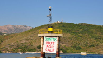 Photo of Eρημίτης Πλους: Οι εργασίες κατεδαφισης του Ναυτικου Οχυρου αποτελεί κυρίως μία πράξη εντυπωσιασμού.