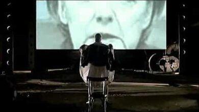 """Photo of Ο Τράγκας δείχνει τα """"καρύδια"""" του στη Μερκελ και με το νέο τεύχος αποκαλύπτει τους εκτελεστές της Χωρας"""