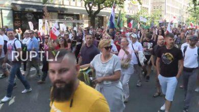 Photo of Διαδήλωση κατά των μασκών και του εμβολιασμού  στη Πολωνία.
