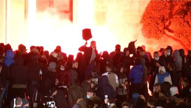 Photo of Κύμα οργής στην Αλβανία μετά τον θάνατο 25χρονου από αστυνομικά πυρά