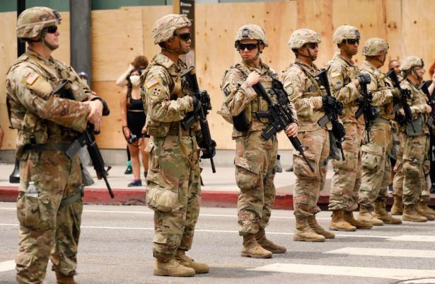 "Photo of Στρατός στους δρόμους των ΗΠΑ και συλλήψεις? Τι παίζει? Οι ""Δημοκράτες"" Πρόεδροι με πολέμους και ο Τράμπ κανέναν…."